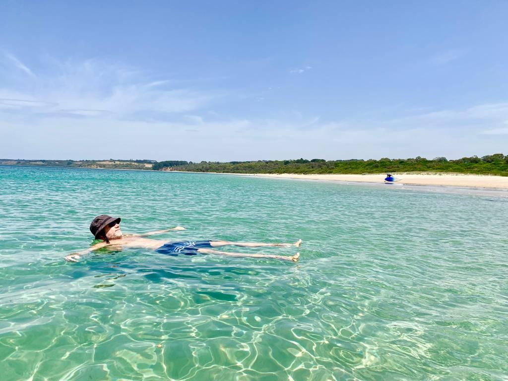 Praia de Port Leo, uma das beldades com mar calminho na Península de Mornington