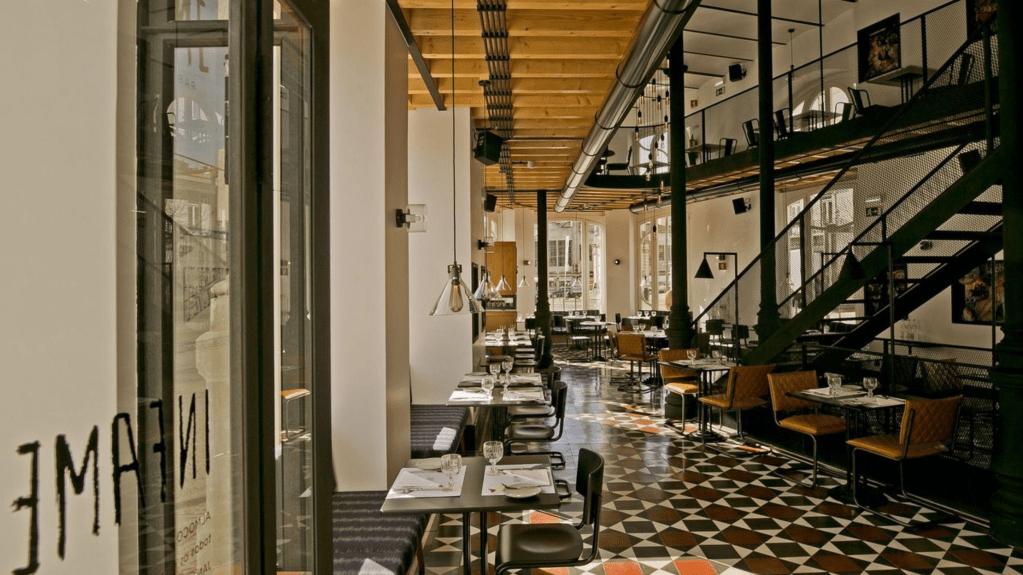 Salão do restaurante Infame: comida portuguesa com toques orientais