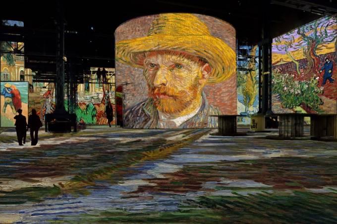 """Exposição """"Van Gogh, Starry Night"""" em Paris"""