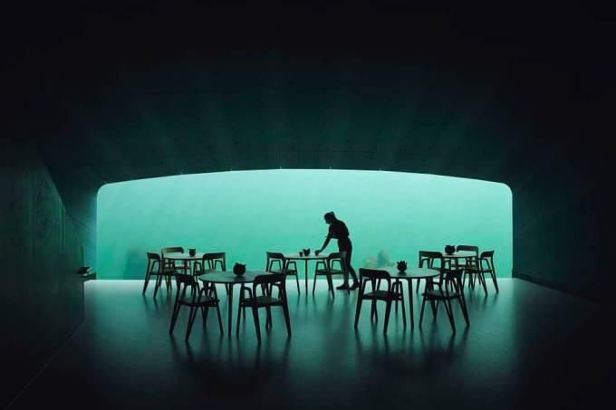 Janela panorâmica do restaurante Under, na Noruega
