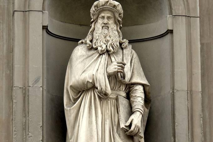 Estátua Leonardo da Vinci, Florença, Toscana, Itália