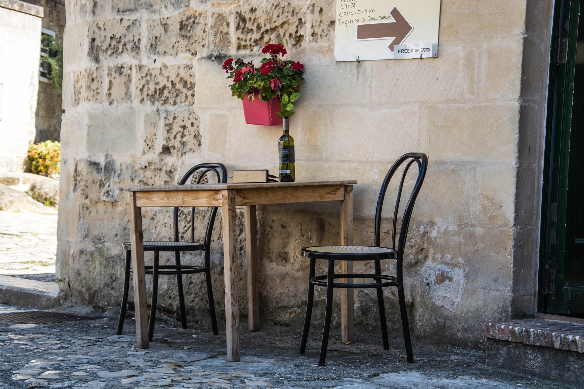 Mesmo com o turismo, Matera segue autêntica