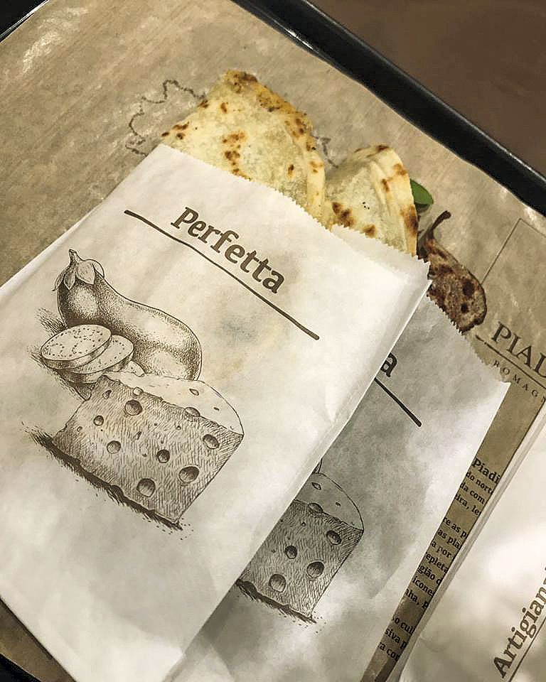 Sanduíche típico do Piadina Biologica