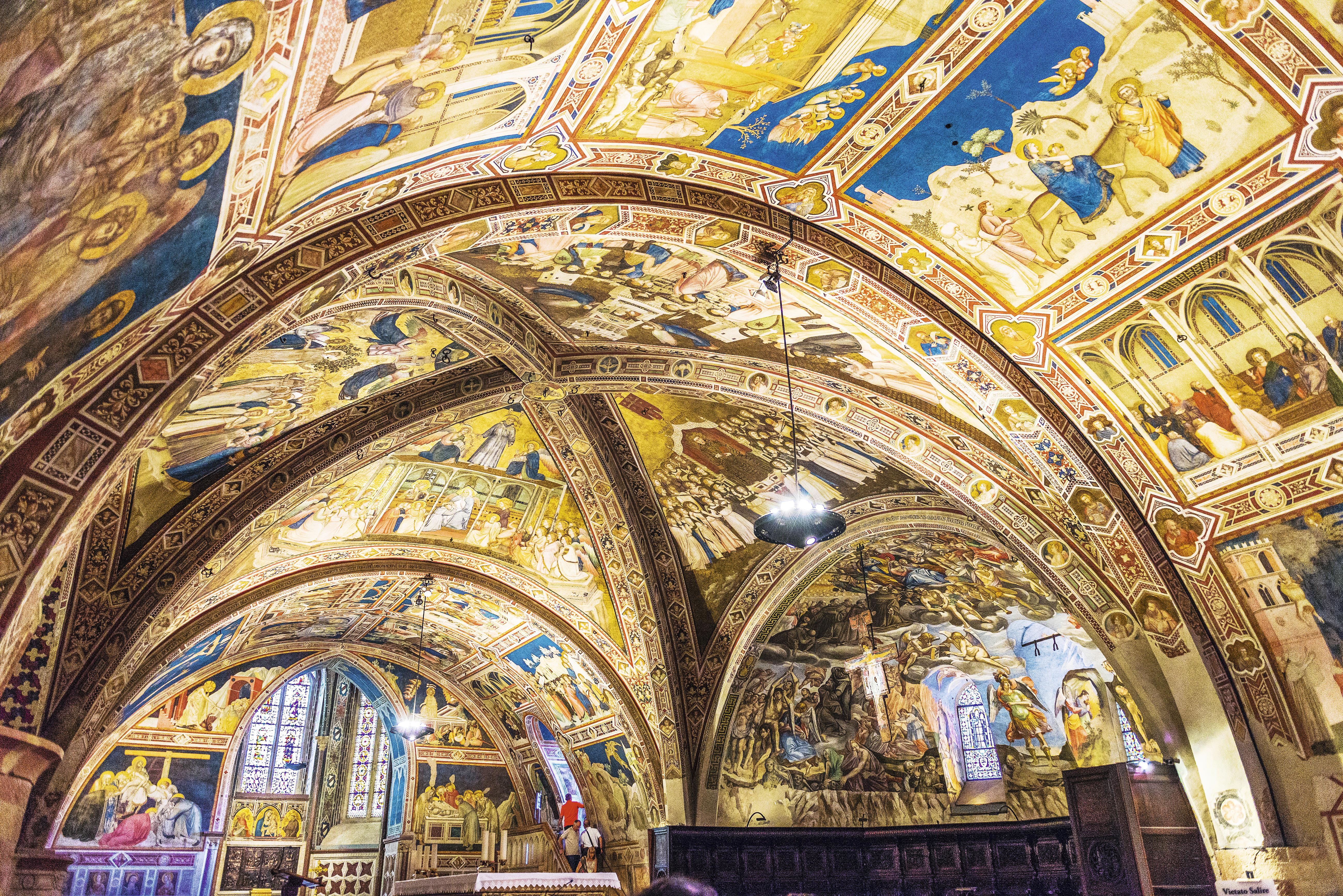 Interior da Basilica di San Francesco
