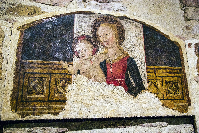 Afresco na Cattedrale di San Rufino, Úmbria, Itália
