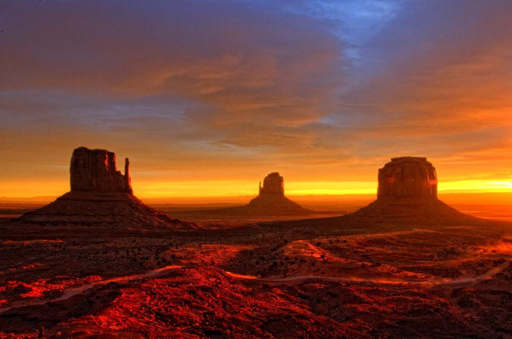 Nascer do sol em Monument Valley: um show à parte
