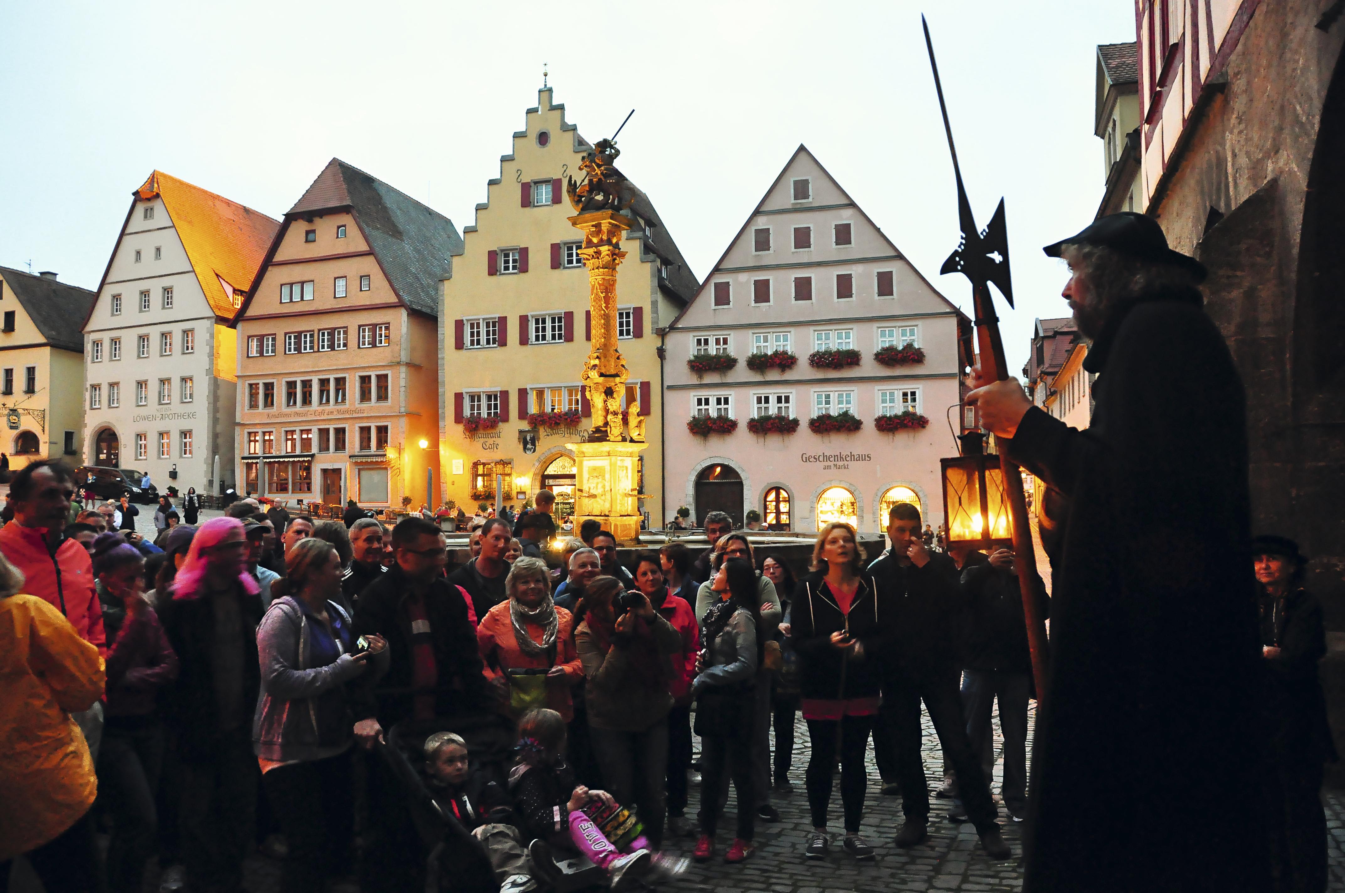 Tour com o guarda em Rothenburg ob der Tauber, Alemanha