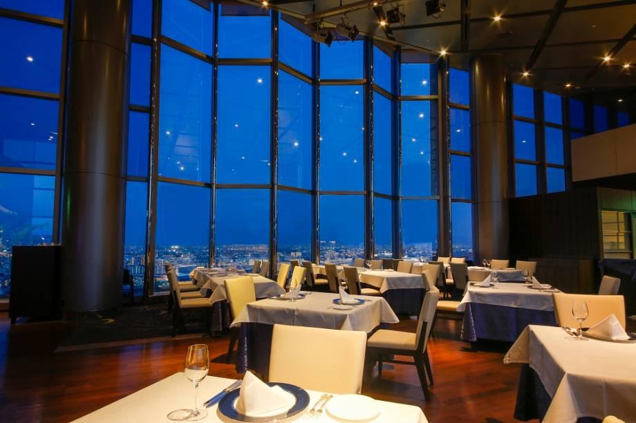 Vista do restaurante do Hotel Keihan Universal Tower, perto dos estúdios da Universal