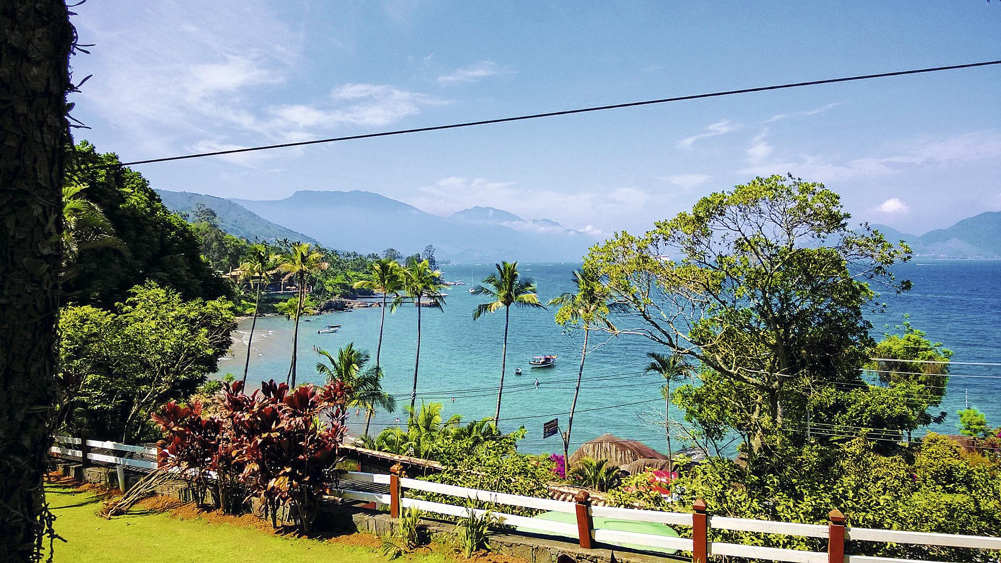 Ilhabela é o lugar perfeito pra acampar em várias estações do ano