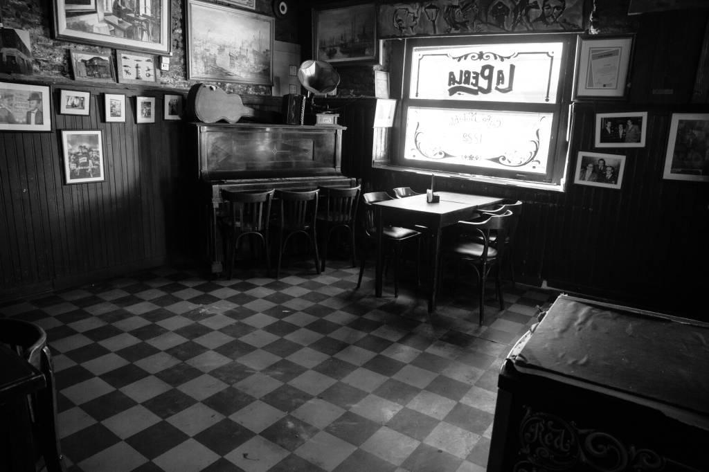Interior de La Perla, La Boca, Buenos Aires, Argentina