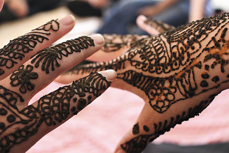 Workshop de hena, em Jaipur, Índia