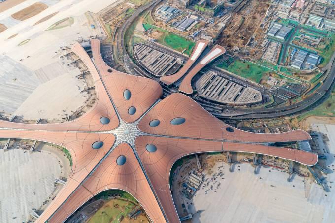 Vista aérea do Aeroporto Internacional Beijing Daxing, Pequim, China