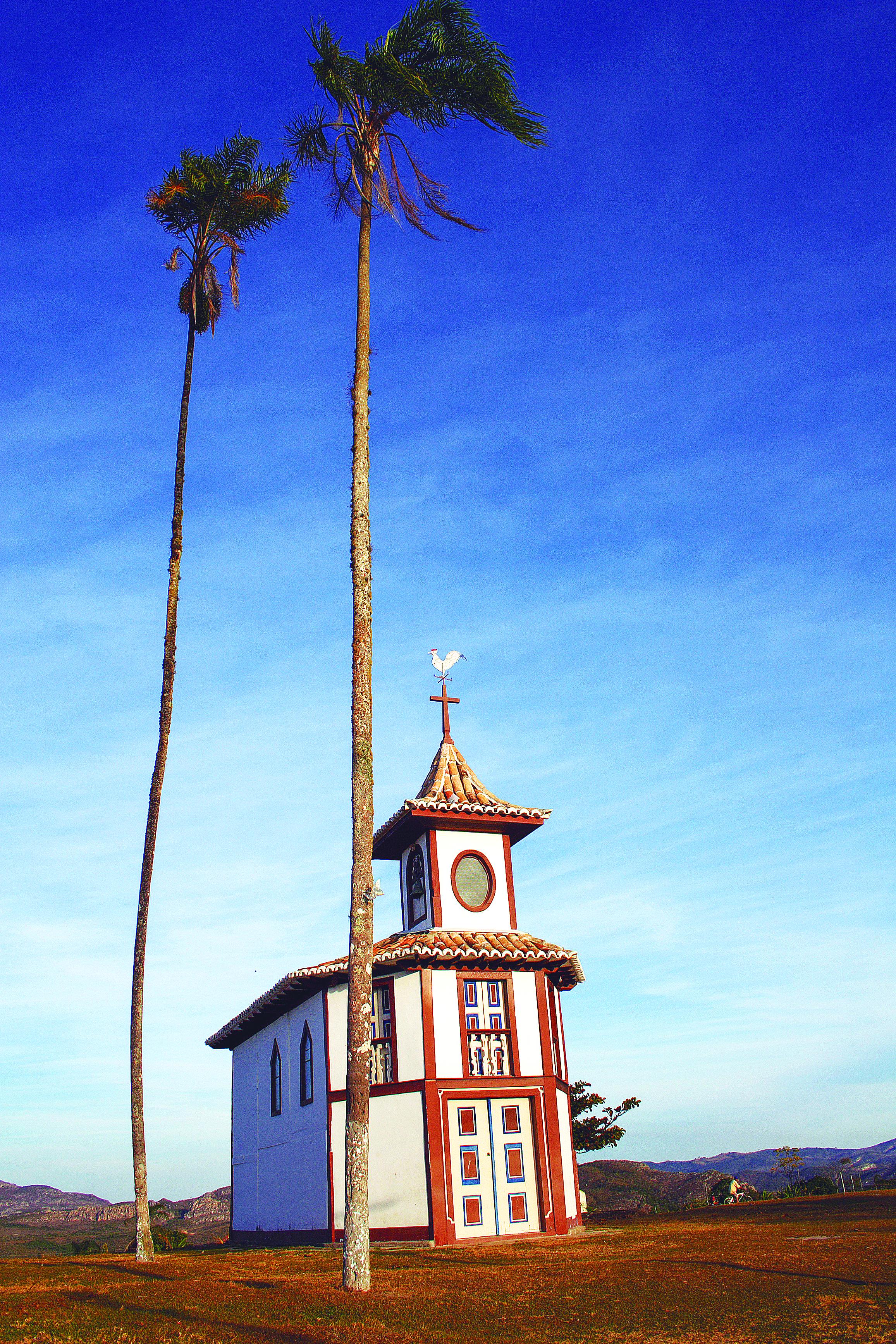 A Capela do Rosário, em Milho Verde, é simples e linda