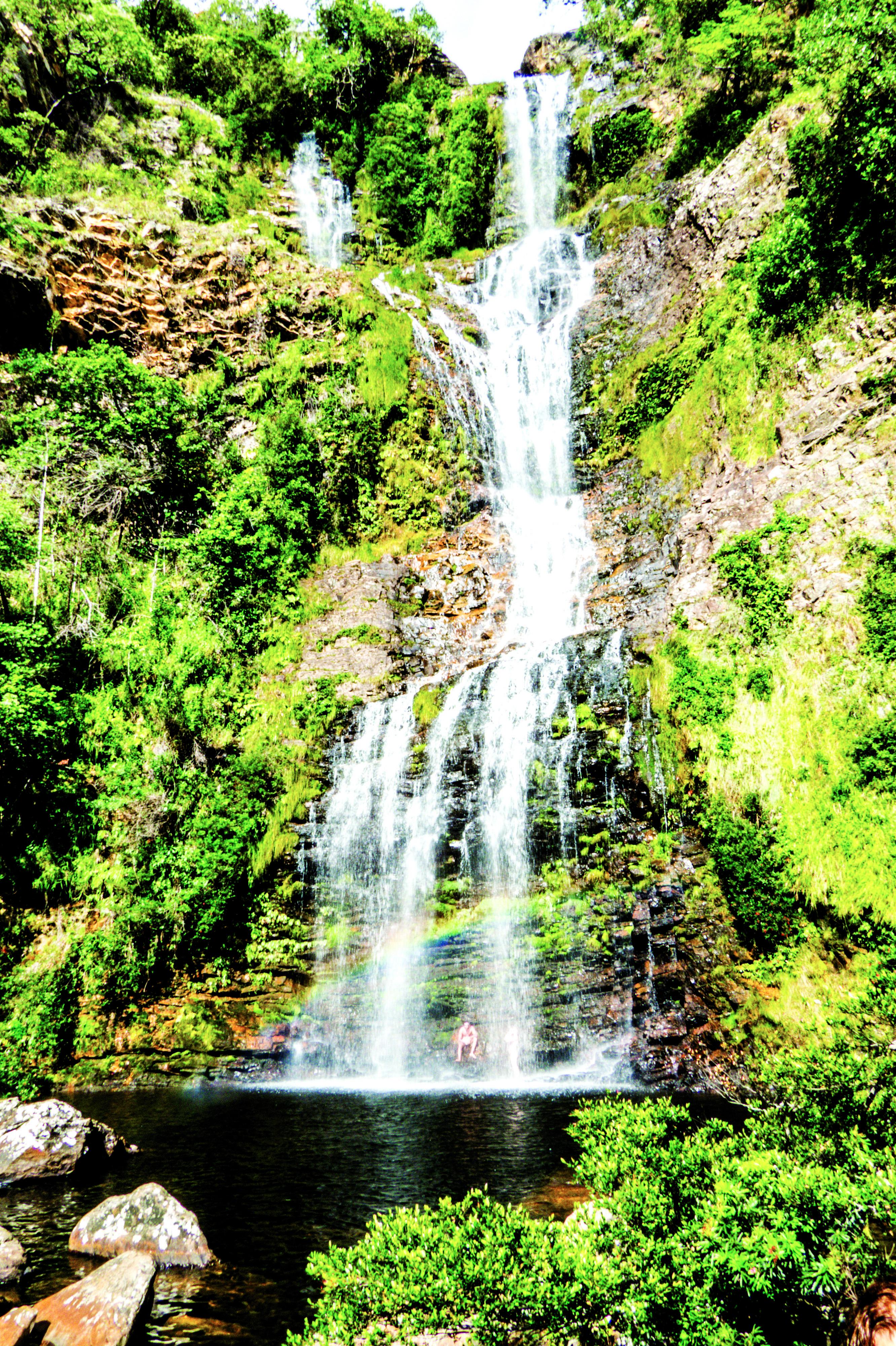 A cachoeira Véu de Noiva, na Serra do Cipó, tem acesso fácil - e é esta lindeza