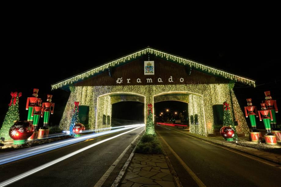 O portal da cidade preparado para a edição de 2019 no Natal Luz, mais importante evento local