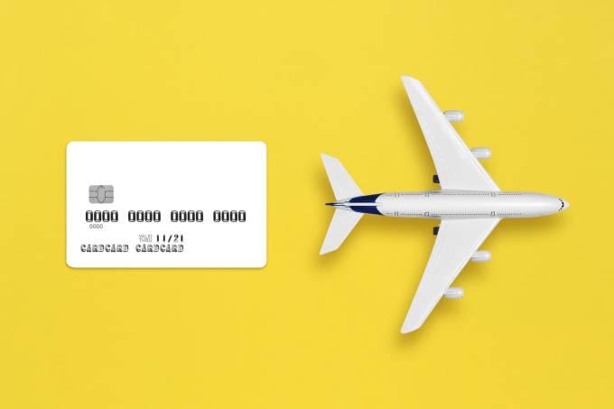 Cartão de crédito, avião
