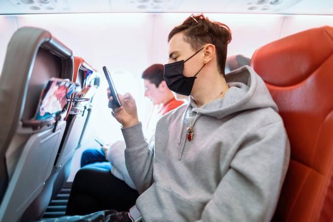 Máscara avião