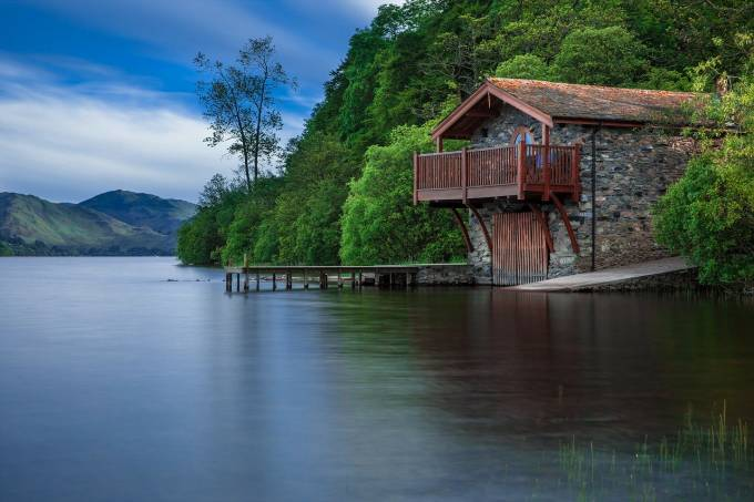 boat-house-192990_1280