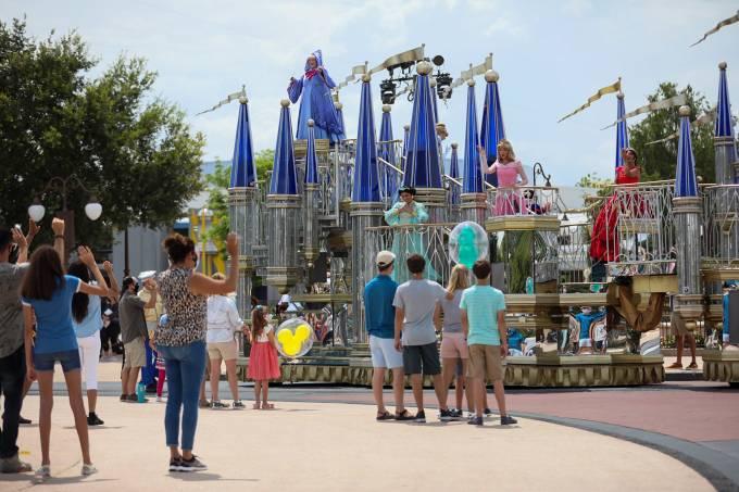 Reabertura Parques da Disney