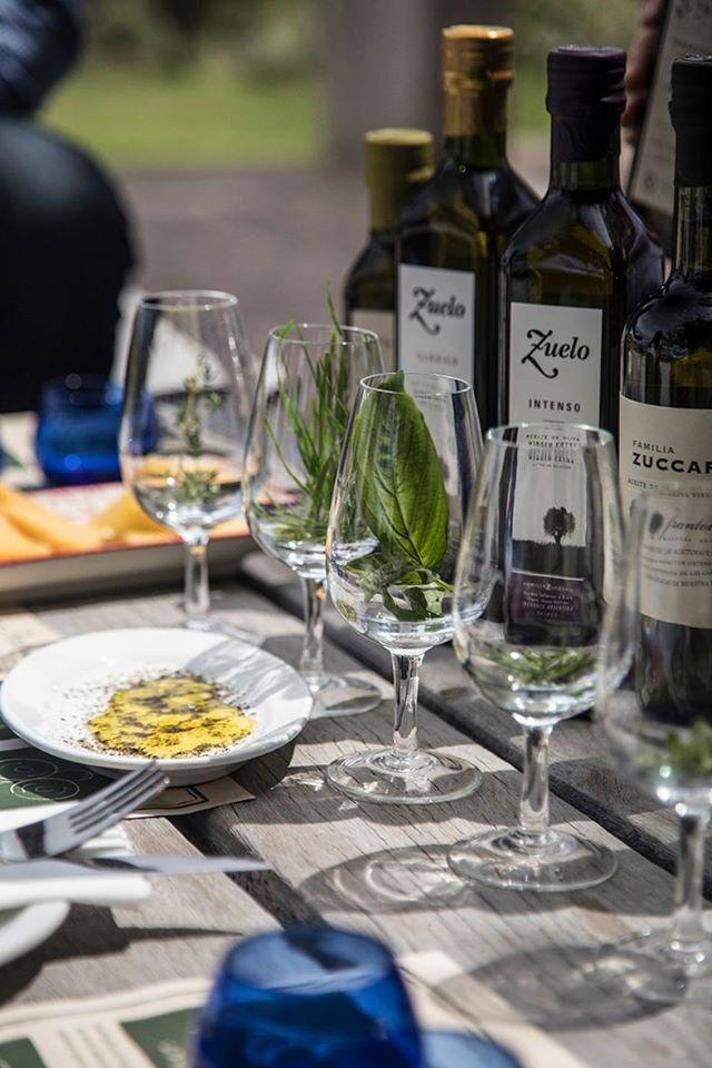Nem só de vinhos vive a Zuccardi: a degustação de azeites também é muito procurada. Crédito: