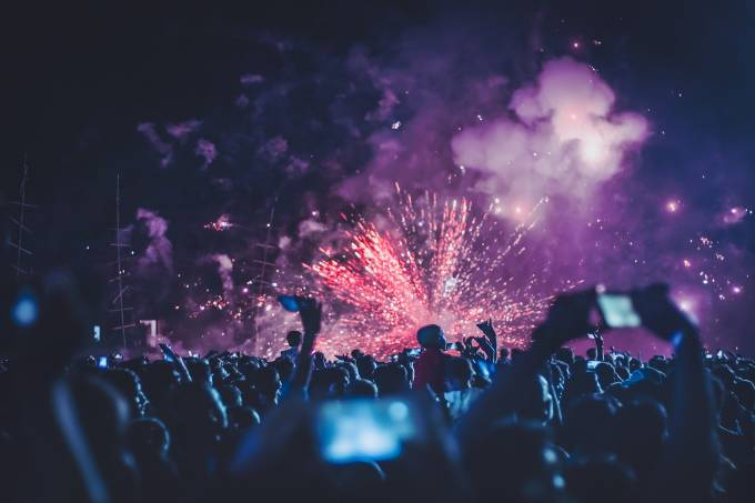 fireworks-4768501_1920