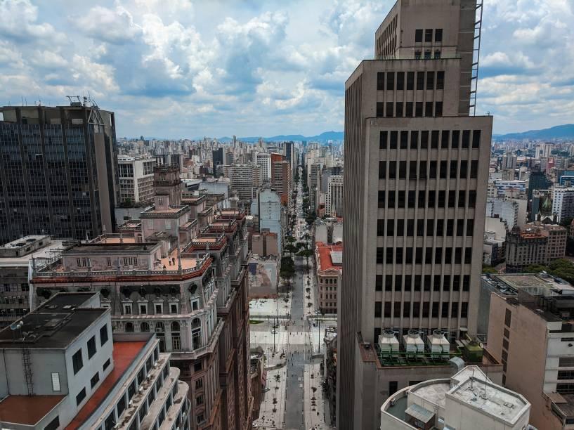 Terraço do Edifício Martinelli, à esquerda, e prédio do Banco do Brasil, à direita