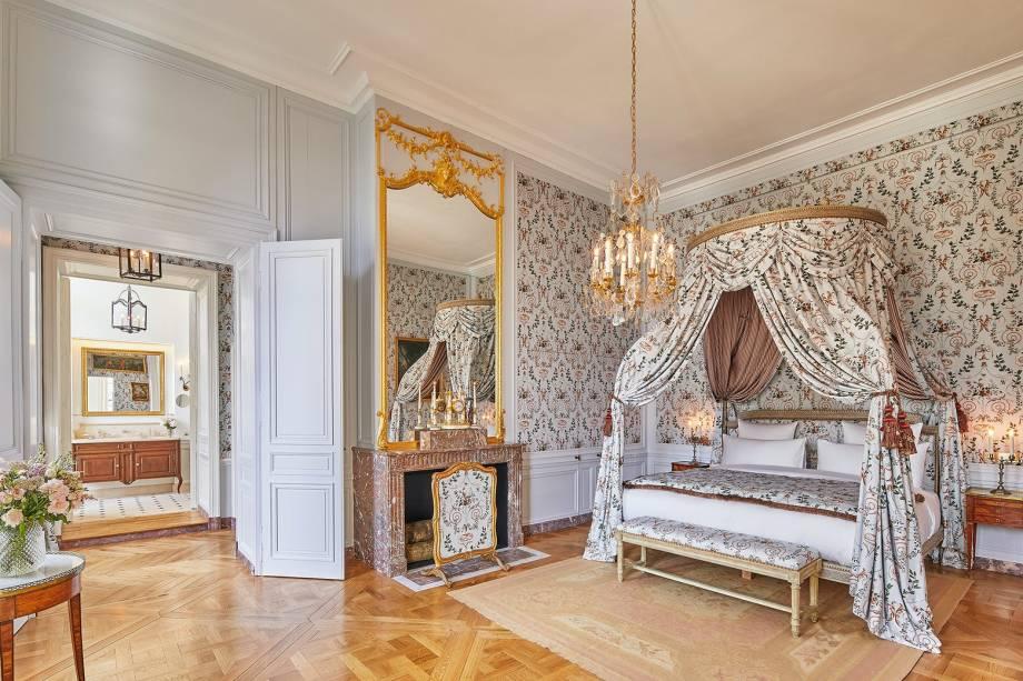 Os quartos são decorados com objetos originais do século 18