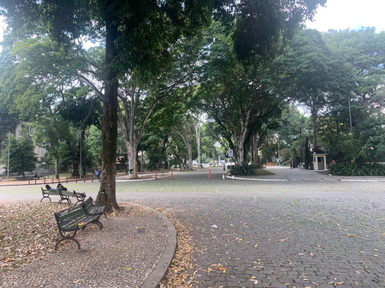 Praça Coronel Fernando Prestes, na saída da estação Tiradentes em São Paulo