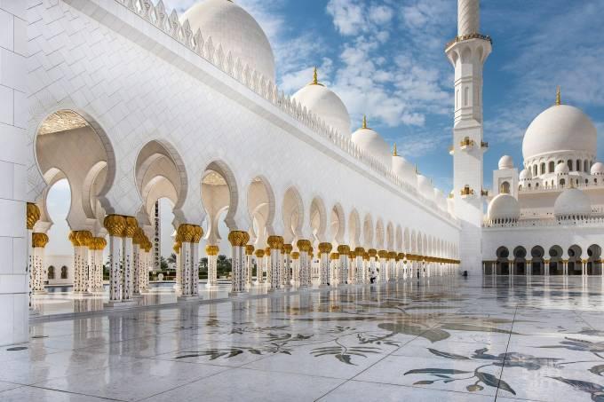 Mesquita de Abu Dhabi, Emirados Árabes Unidos