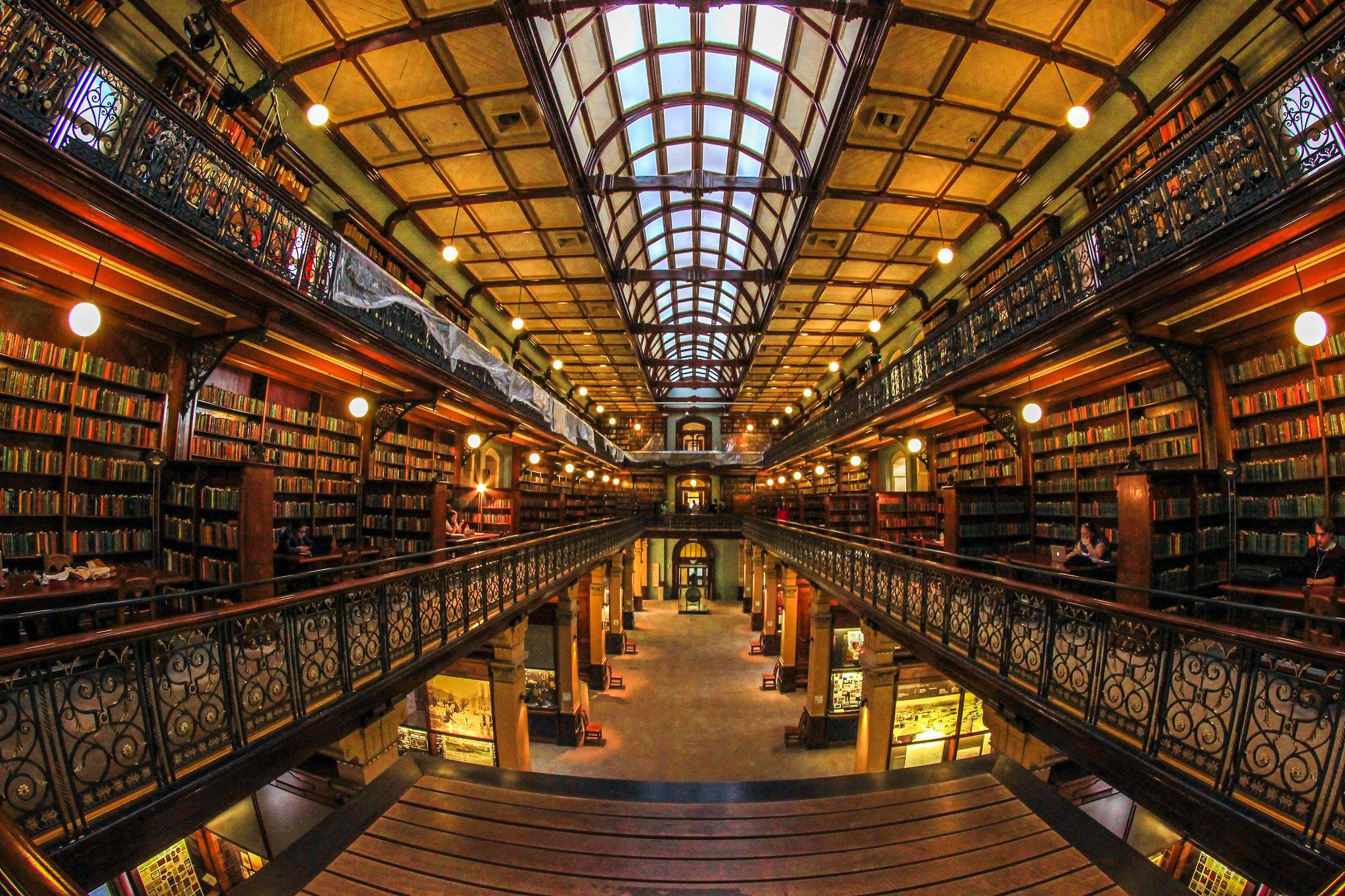 Interior da Biblioteca Estadual da Austrália do Sul