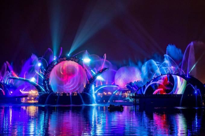 Espetáculo noturno Harmonious, no Epcot, Walt Disney World, Orlando, Estados Unidos