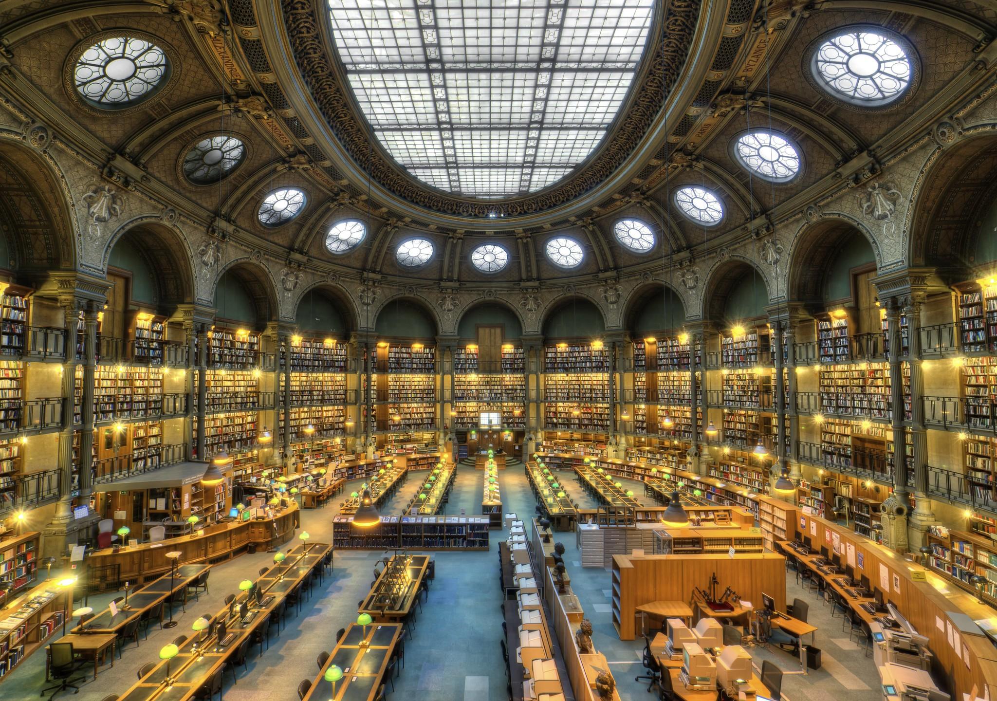 Interior da Biblioteca Nacional Da França