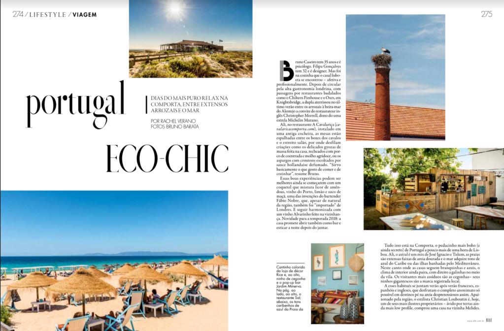 Página dupla de uma revista com fundo branco, texto e fotografias da Praia da comporta