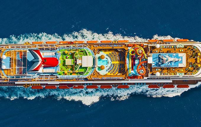 Navio Vista, da Carnival Cruises, que navega pelo Caribe