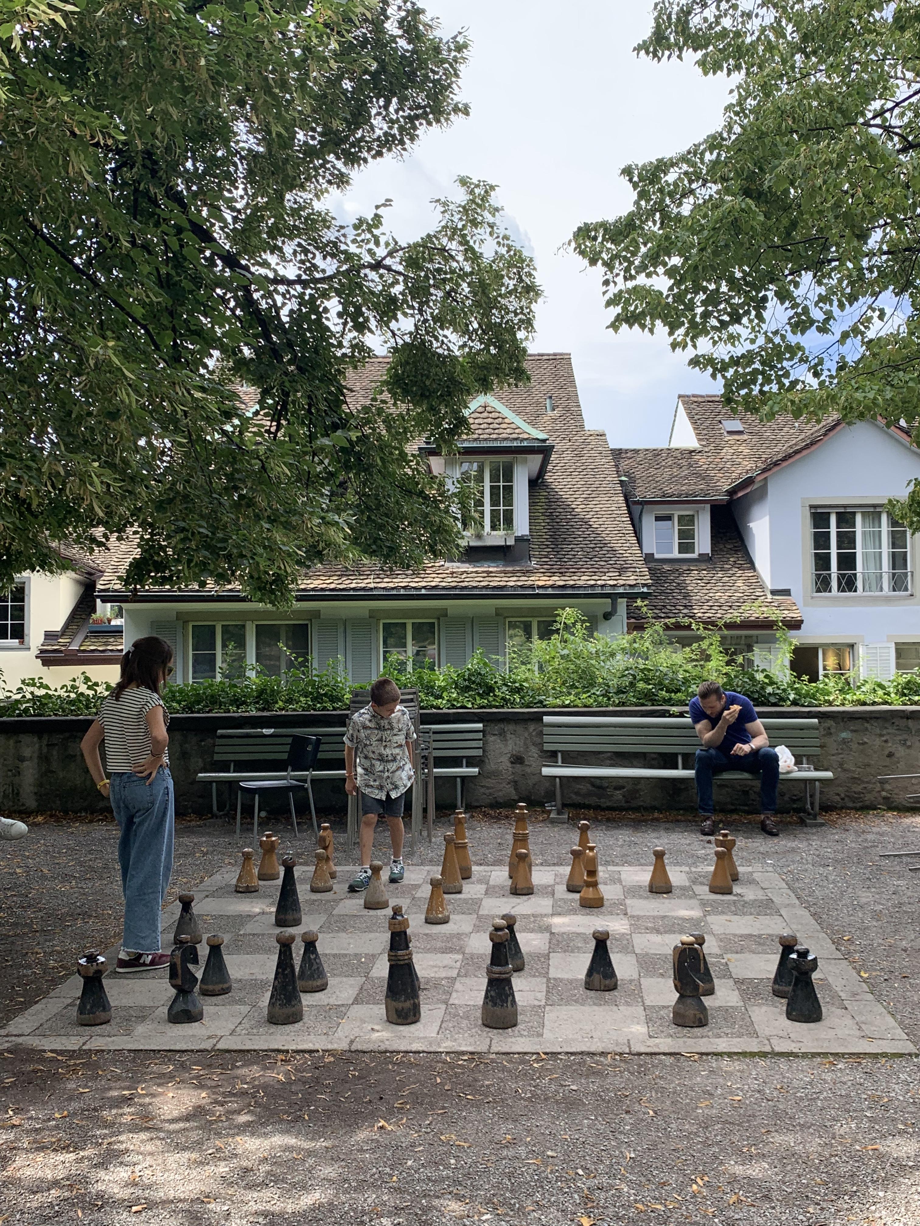 Jogo de xadrez gigante