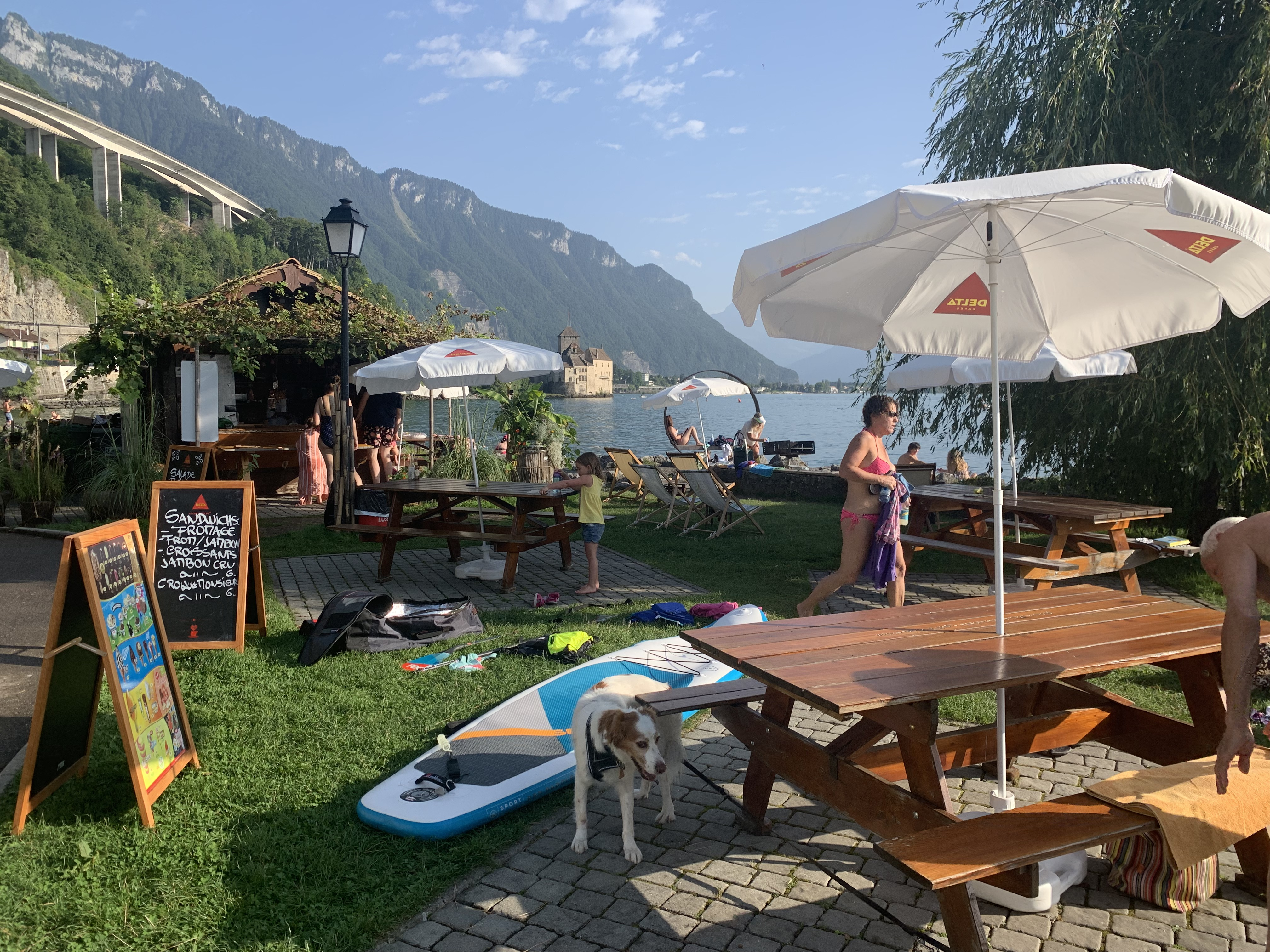 O doce verão na Riviera Suíça