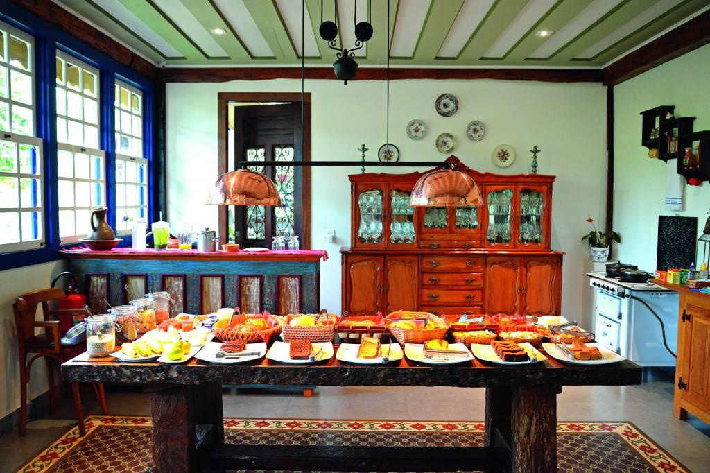 Café da manhã do hotel Chão de Minas, em Cachoeira do Campo
